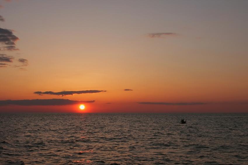 lake_michigan_sunset.jpg
